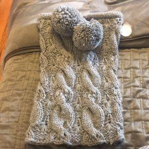 Aerie scarf